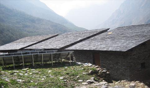 再建工事が完了した3棟の寄宿舎